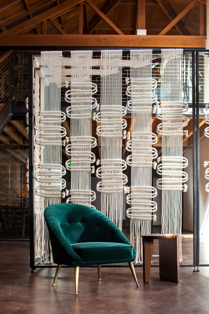 Tangled Story: 35 Ideas of Macrame in Interior, фото № 9