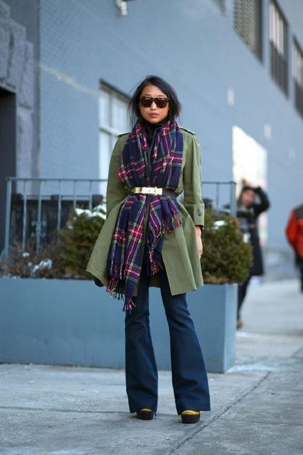 Простые способы ношения палантина в холодное время года, фото № 13