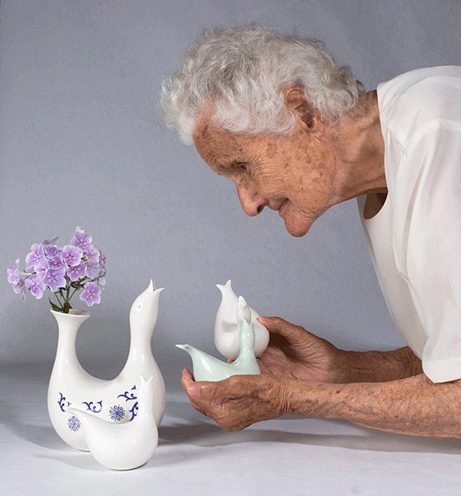«Красивые вещи делают людей счастливыми»: фарфор Евы Цайзель – Ярмарка Мастеров<br />