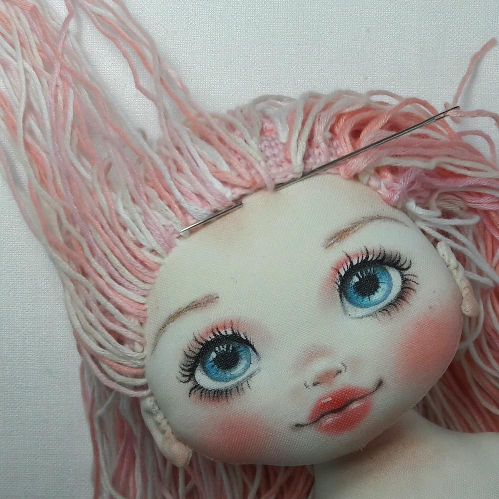 Делаем волосы из пряжи для куклы из ткани, фото № 12
