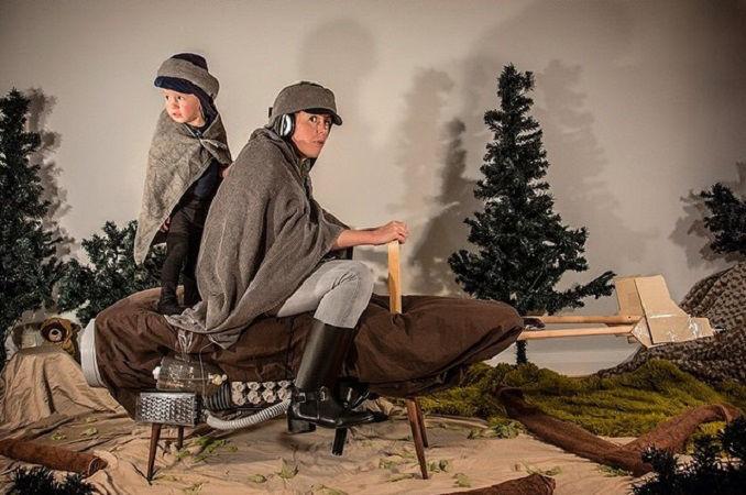 Что будет, если творческим людям дать много картонных коробок Лион Мэки и Лилли Лэнг — творческая семья киноманов, фото № 14
