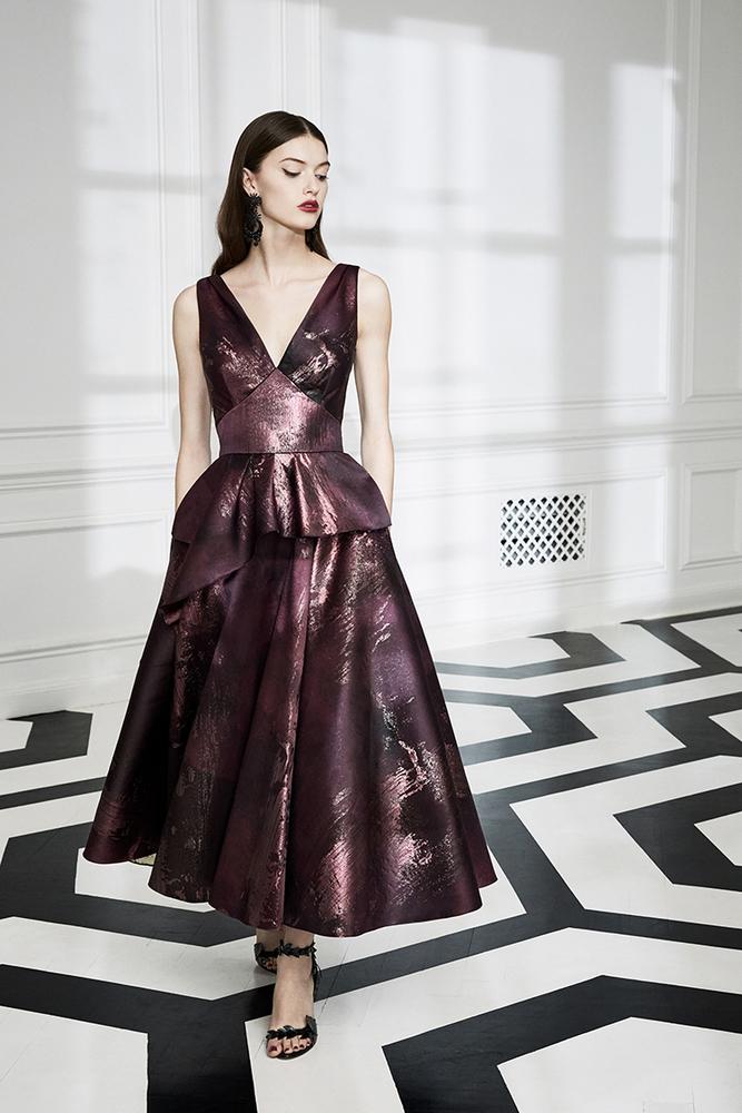 Drama Marquess: Fashion Collection Marchesa Notte Fall 2019, фото № 16