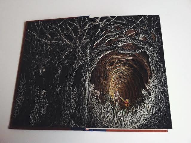 Isobelle Ouzman Creates Amazing Multi-Layered Compositions Cut Of Old Books, фото № 32