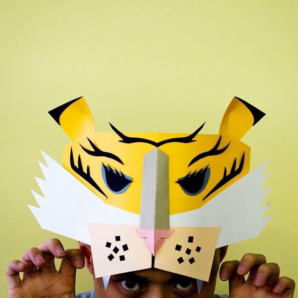 Повелитель бумаги inus ui создаёт маски и костюмы из цветного картона, фото № 14
