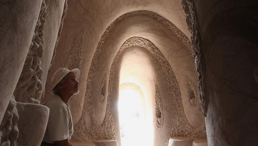 Восьмое чудо света: скульптор-отшельник создает невероятные пещеры собственными руками, фото № 3