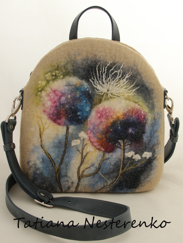 Мастер-класс по мокрому валянию сумки с акварельным рисунком, фото № 3