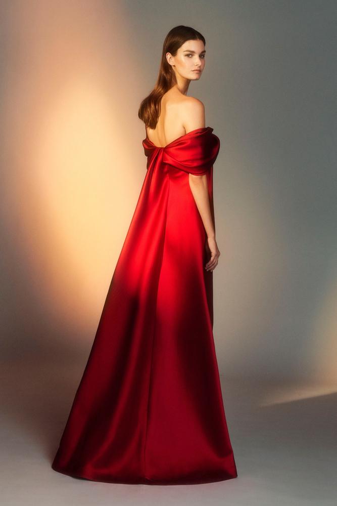 Благородные и воздушные платья дизайнера Alberta Ferretti – Ярмарка Мастеров<br />