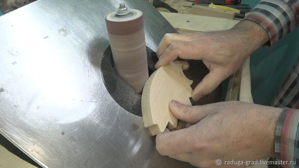 Качественный край на деревянной игрушке и способ фрезеровки мелких деталей, фото № 9