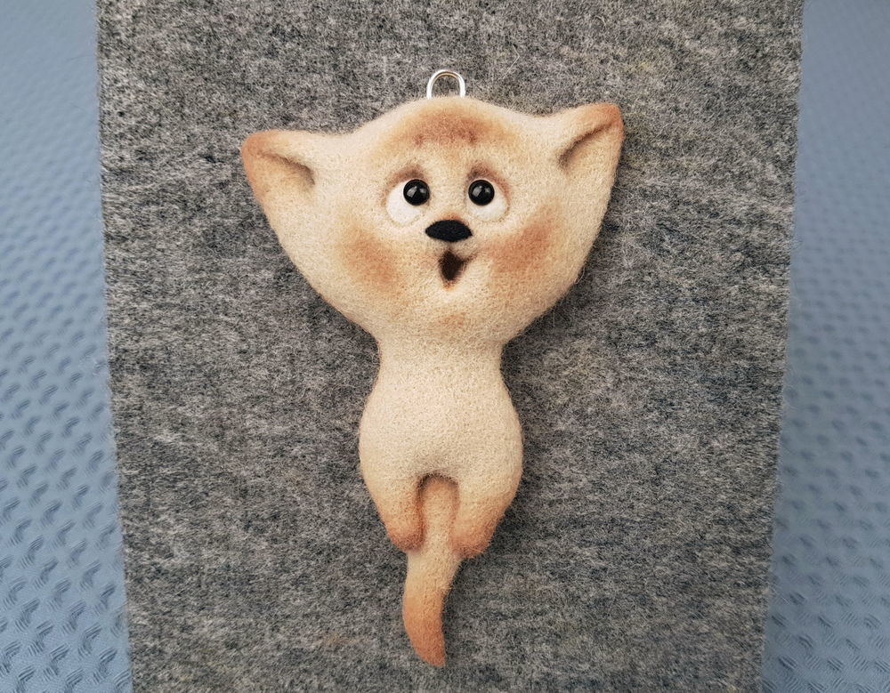 Делаем украшение из шерсти «Подвеска котёнок», фото № 4