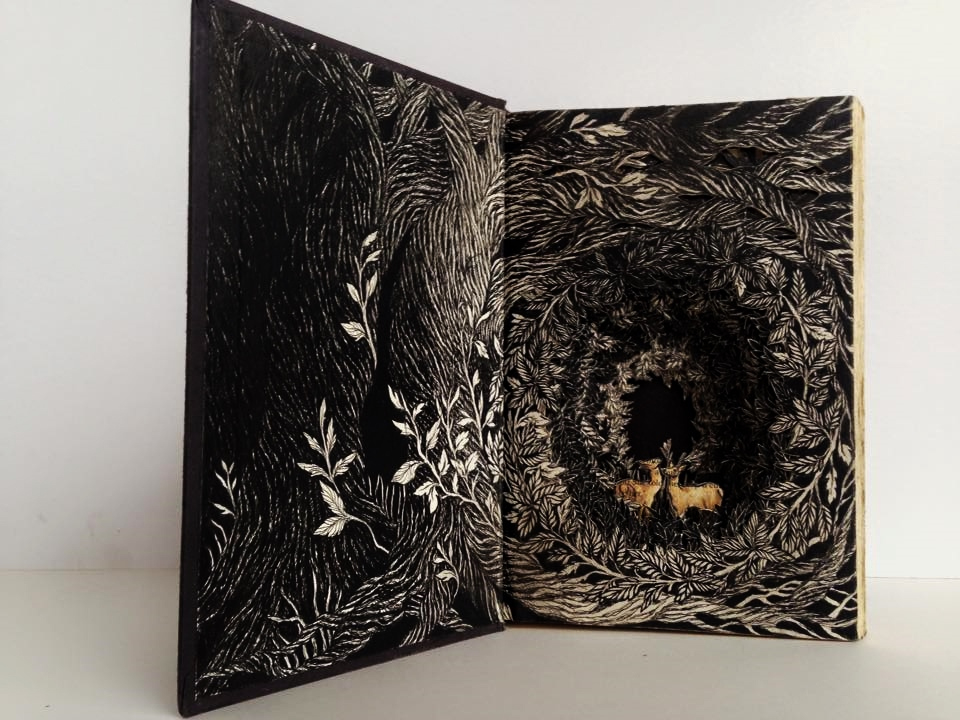 Isobelle Ouzman Creates Amazing Multi-Layered Compositions Cut Of Old Books, фото № 16