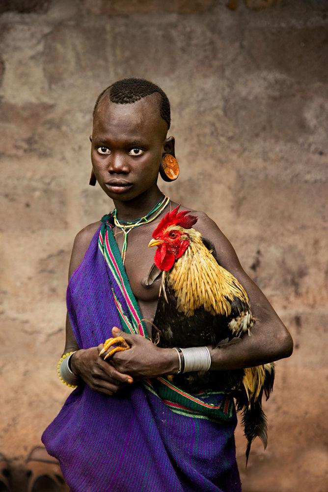 Мы с тобой одной крови 35 невероятных кадров из жизни людей и животных от легендарного фотографа Стива МакКарри, фото № 7