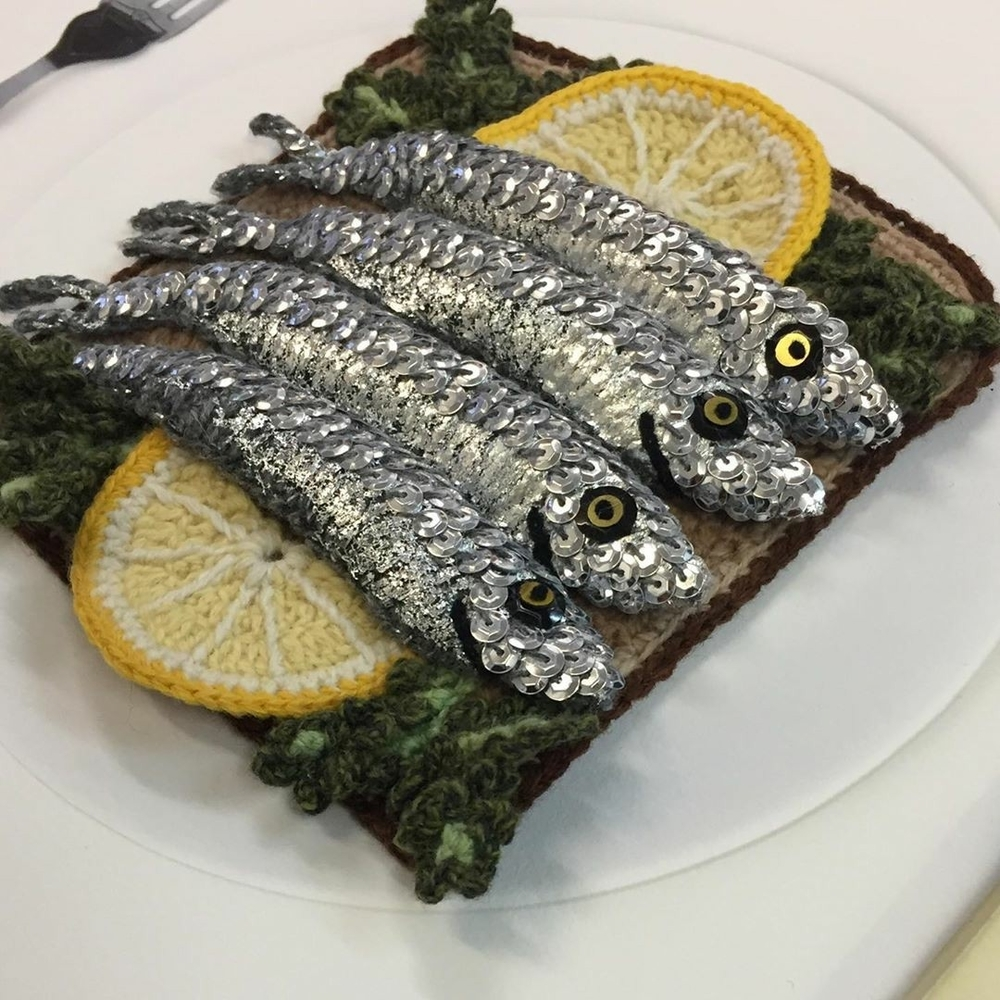 Adorable Sardines & Baguettes In Love: Knitted Food by Kate Jenkins, фото № 1