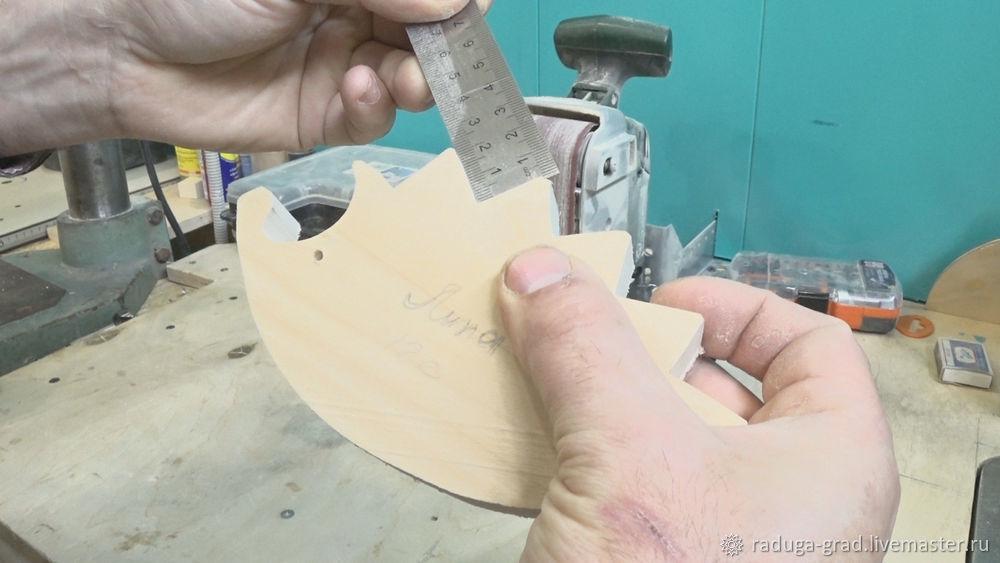 Качественный край на деревянной игрушке и способ фрезеровки мелких деталей, фото № 3