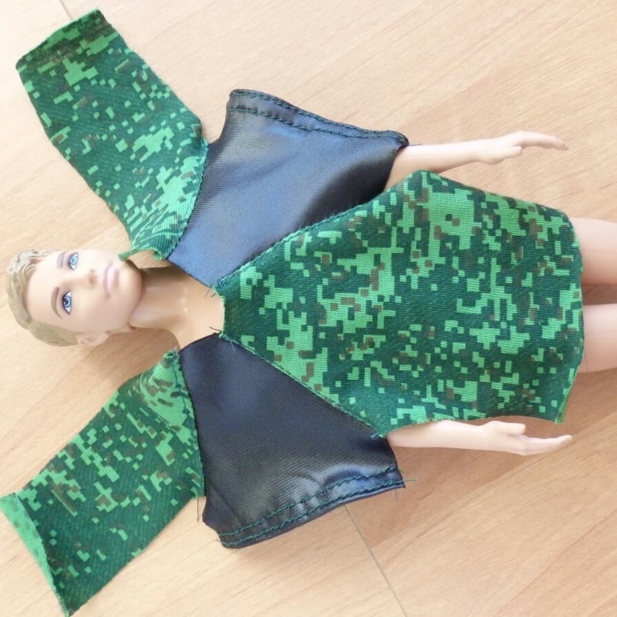 Несколько фото процесса создания одежды для Барби и Кена, фото № 3