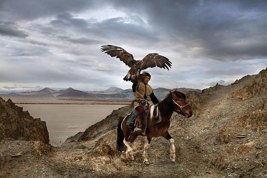 Мы с тобой одной крови 35 невероятных кадров из жизни людей и животных от легендарного фотографа Стива МакКарри, фото № 32