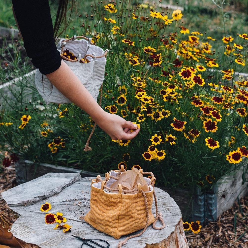 Девушка отказалась от синтетики и красит все ткани своими руками. 15 лучших натуральных красителей внутри!, фото № 12