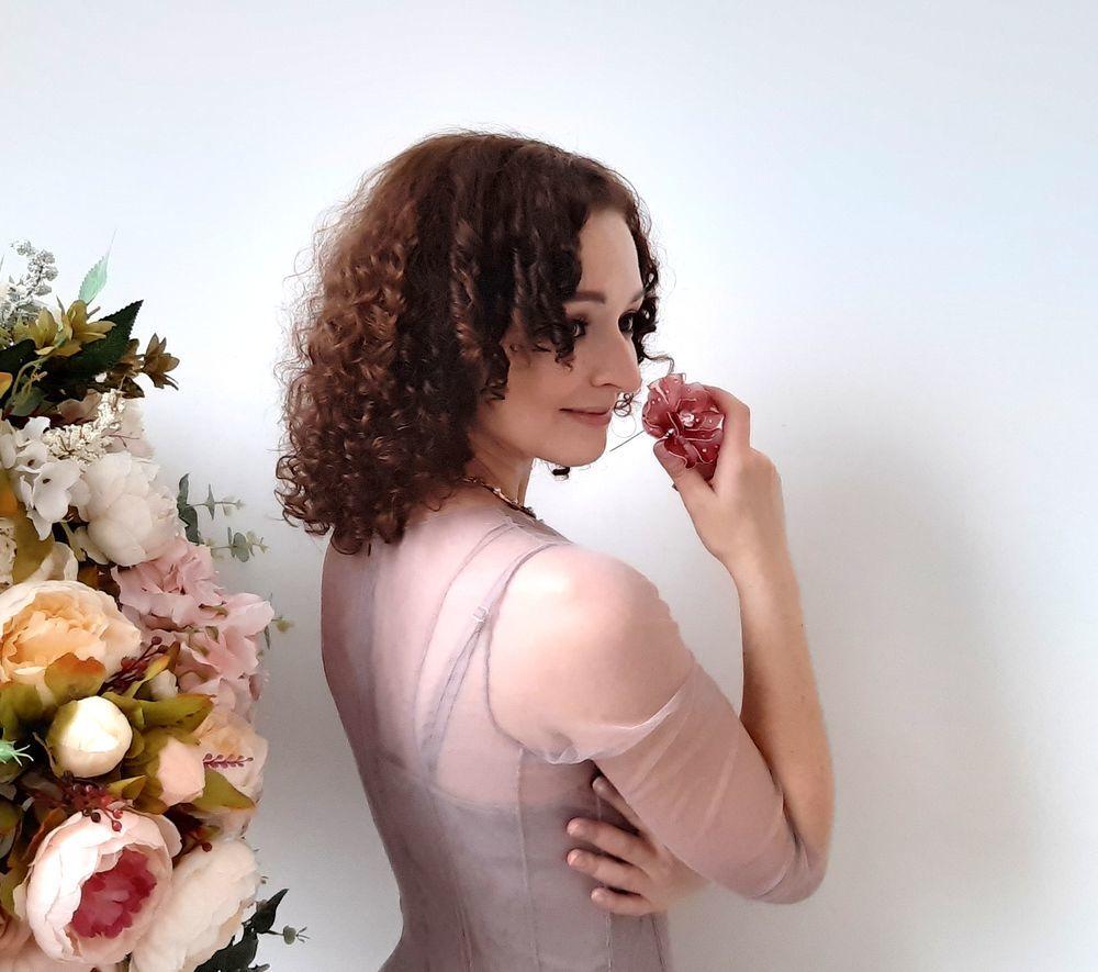 украшения, фотосессия украшений, цветочная брошь, розовый цветок