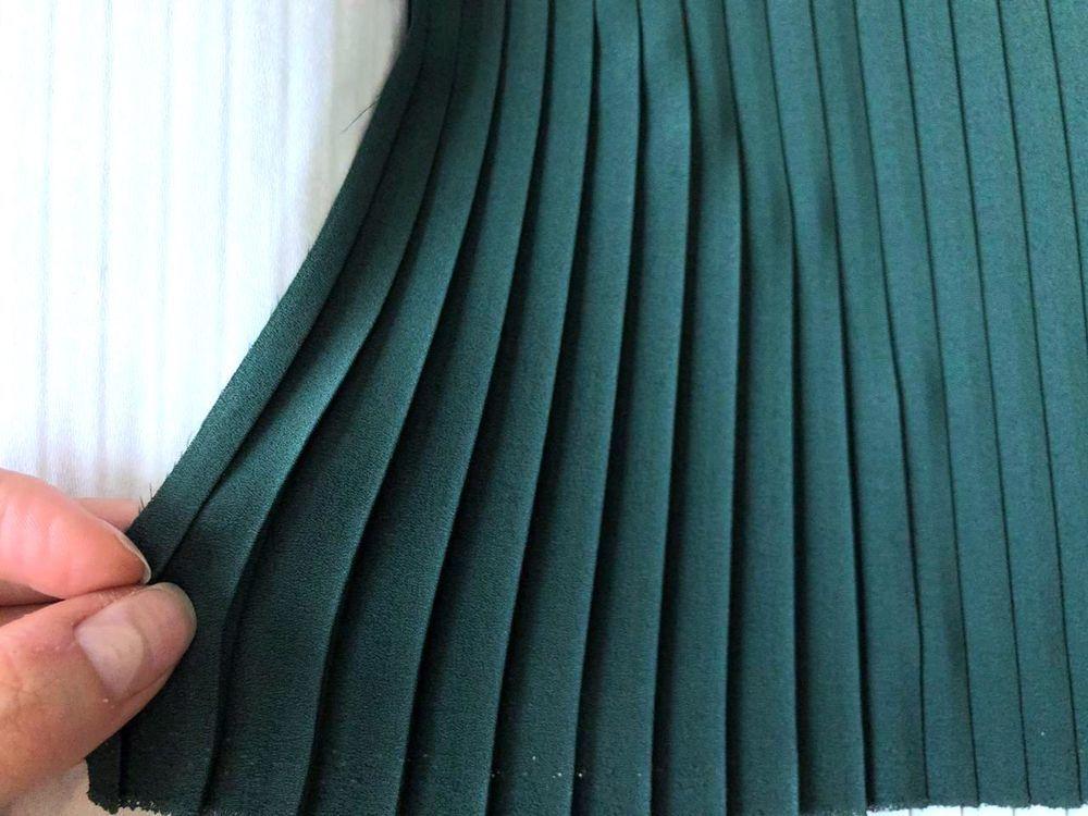 ткани, итальянские ткани, плиссировка, распродажа, брендовые ткани, скидки, зеленая ткань, юбка гофре