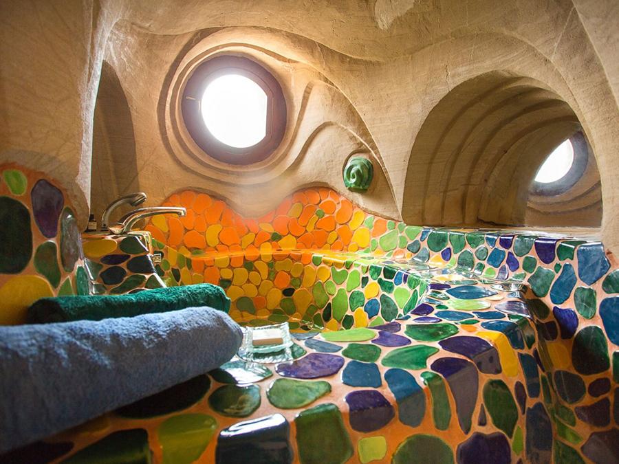 Восьмое чудо света: скульптор-отшельник создает невероятные пещеры собственными руками, фото № 20