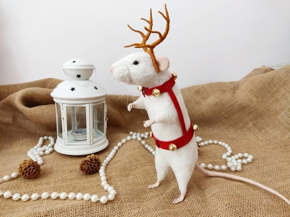 Life Of Outstanding Mice: Felted Rodents Go To Stores, Play Sports & Take Photos, фото № 9