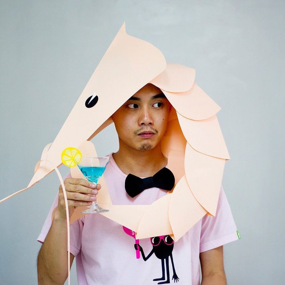 Повелитель бумаги inus ui создаёт маски и костюмы из цветного картона, фото № 35