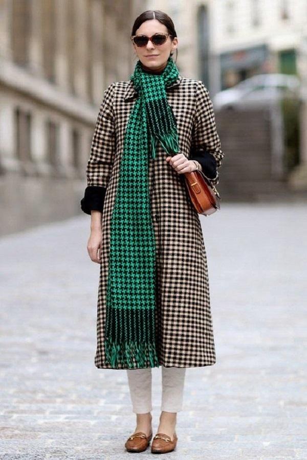 Простые способы ношения палантина в холодное время года, фото № 6