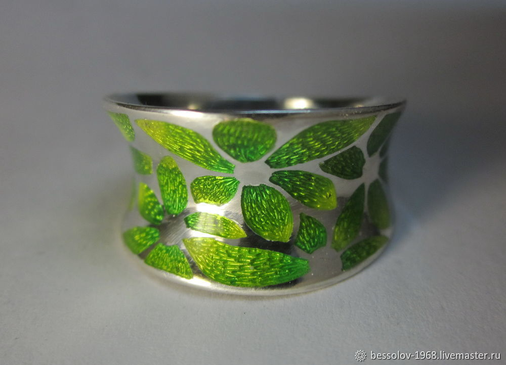 Creating Silver Ring With Concaved Enamel, фото № 1