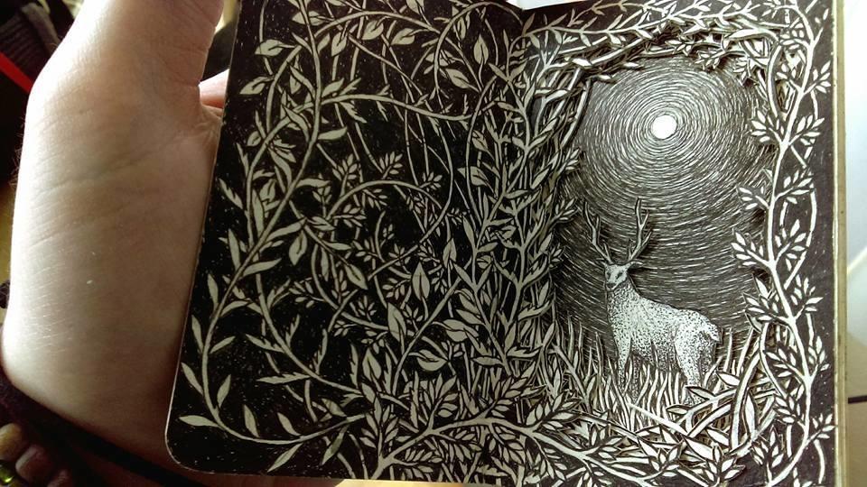 Isobelle Ouzman создаёт удивительные многослойные композиции, вырезанные из старых книг, фото № 44