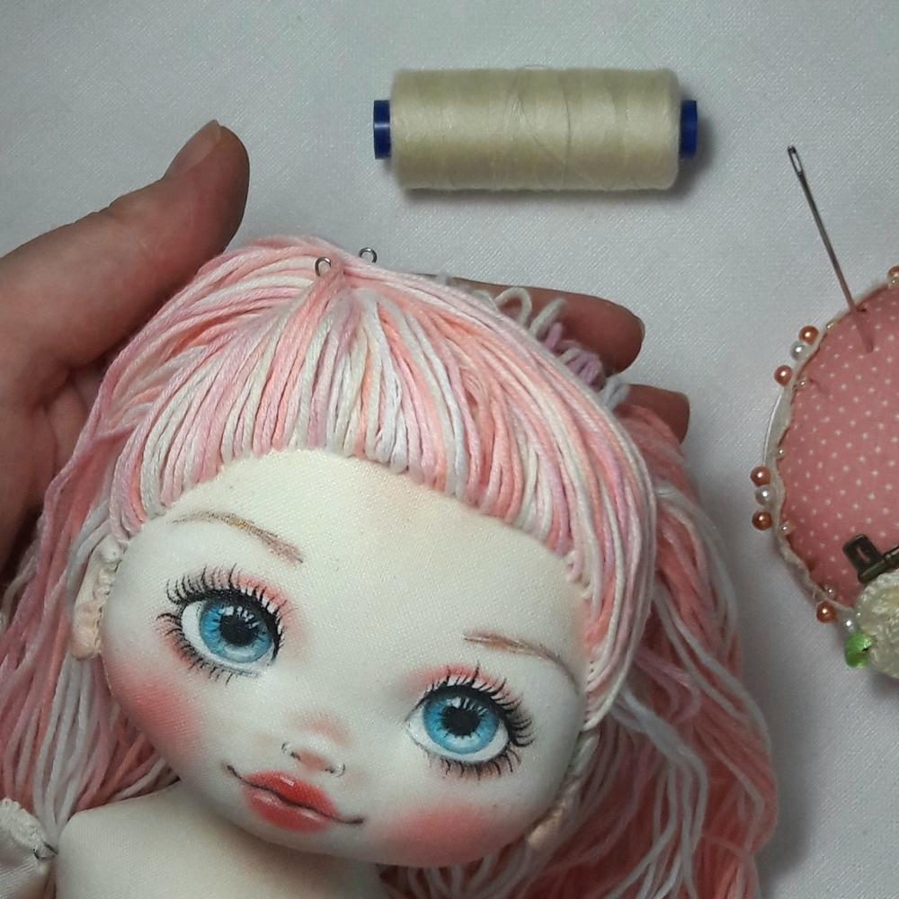 Делаем волосы из пряжи для куклы из ткани, фото № 13