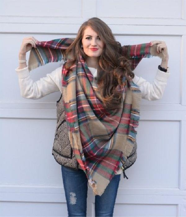 Простые способы ношения палантина в холодное время года, фото № 8