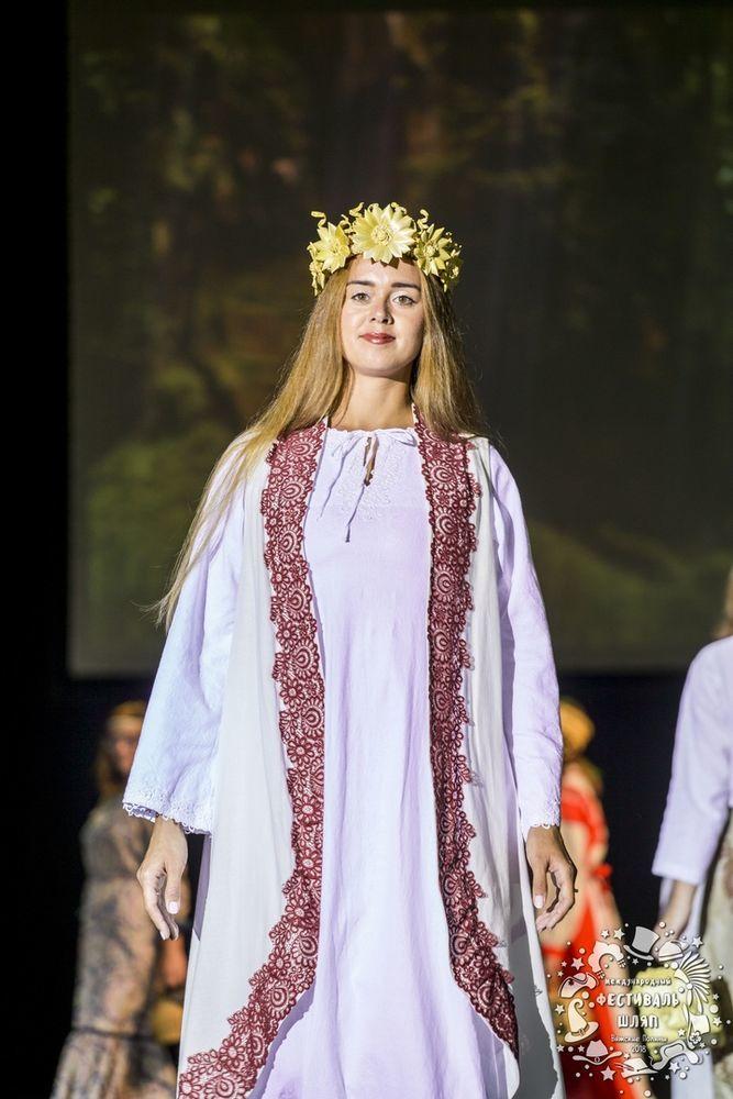 новость магазина, венок на голову, венок с цветами, свадебное украшение, свадебные украшения, соломенный венок