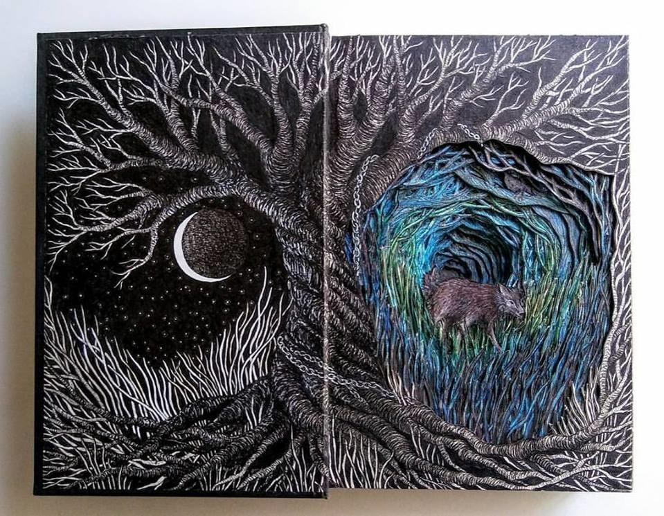 Isobelle Ouzman создаёт удивительные многослойные композиции, вырезанные из старых книг, фото № 1