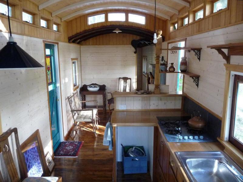 Необычный дом британки Эммы Хаммонд из вагона, фото № 25
