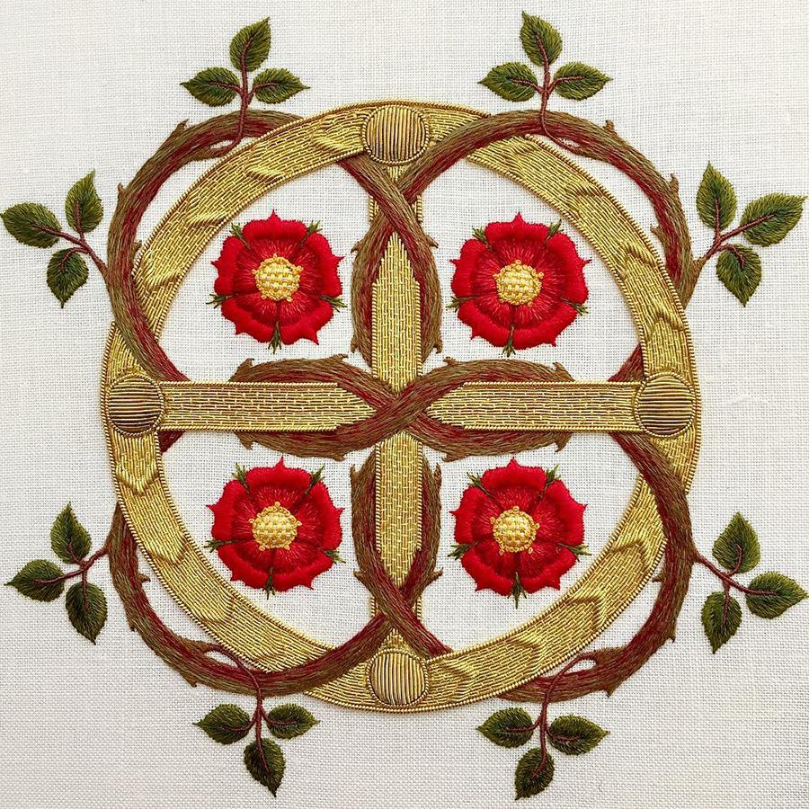 На стыке прошлого и настоящего: как британская вышивальщица возрождает культурные традиции, фото № 3
