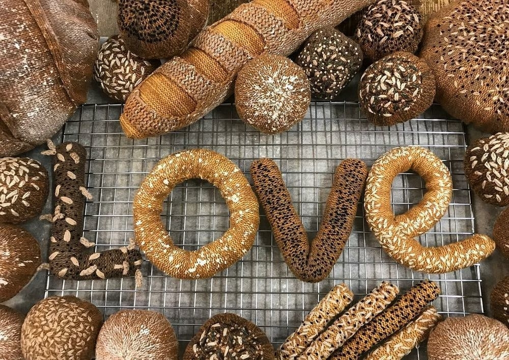 Adorable Sardines & Baguettes In Love: Knitted Food by Kate Jenkins, фото № 14