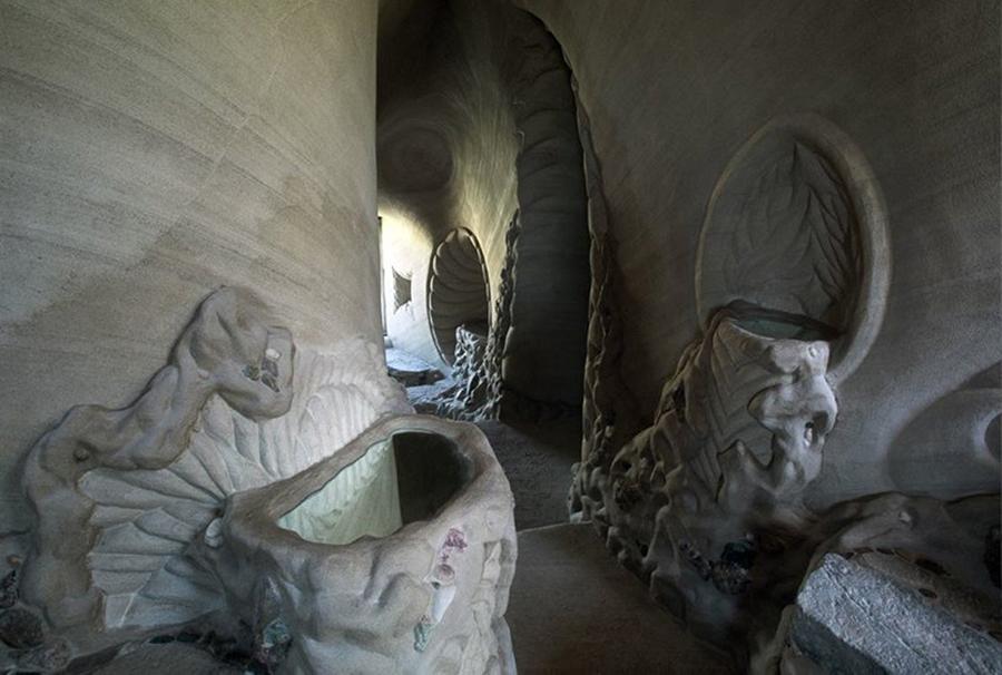 Восьмое чудо света: скульптор-отшельник создает невероятные пещеры собственными руками, фото № 24