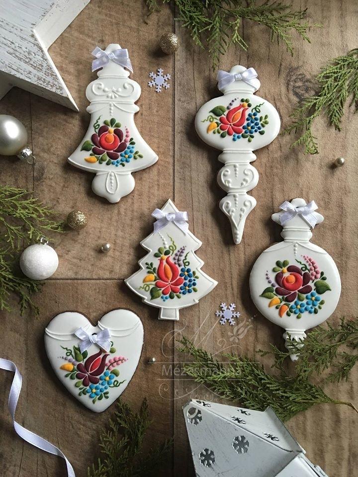 Golden Gingerbread: 30 Handmade Sweets By Hungarian Baker Judit Czinkne Poor, фото № 3