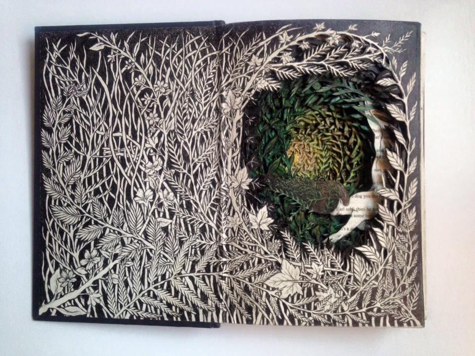 Isobelle Ouzman создаёт удивительные многослойные композиции, вырезанные из старых книг, фото № 29