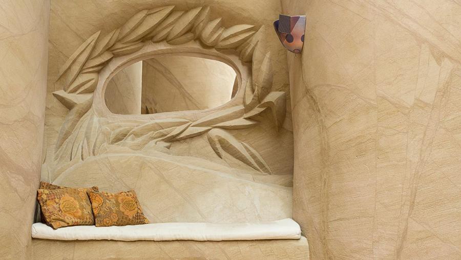 Восьмое чудо света: скульптор-отшельник создает невероятные пещеры собственными руками, фото № 15