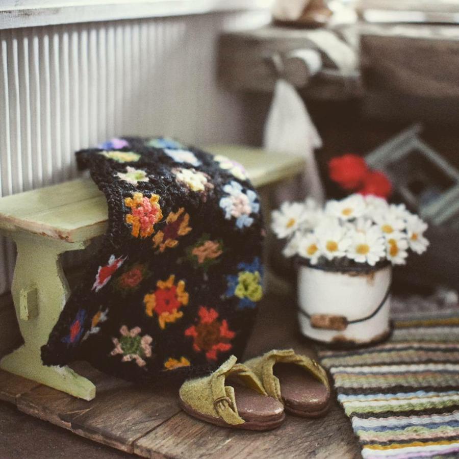 Финская художница создает дома мечты... в миниатюре, фото № 39