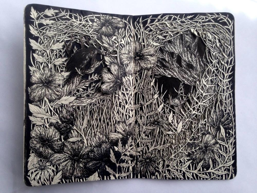 Isobelle Ouzman создаёт удивительные многослойные композиции, вырезанные из старых книг, фото № 46