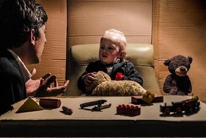 Что будет, если творческим людям дать много картонных коробок Лион Мэки и Лилли Лэнг — творческая семья киноманов, фото № 21