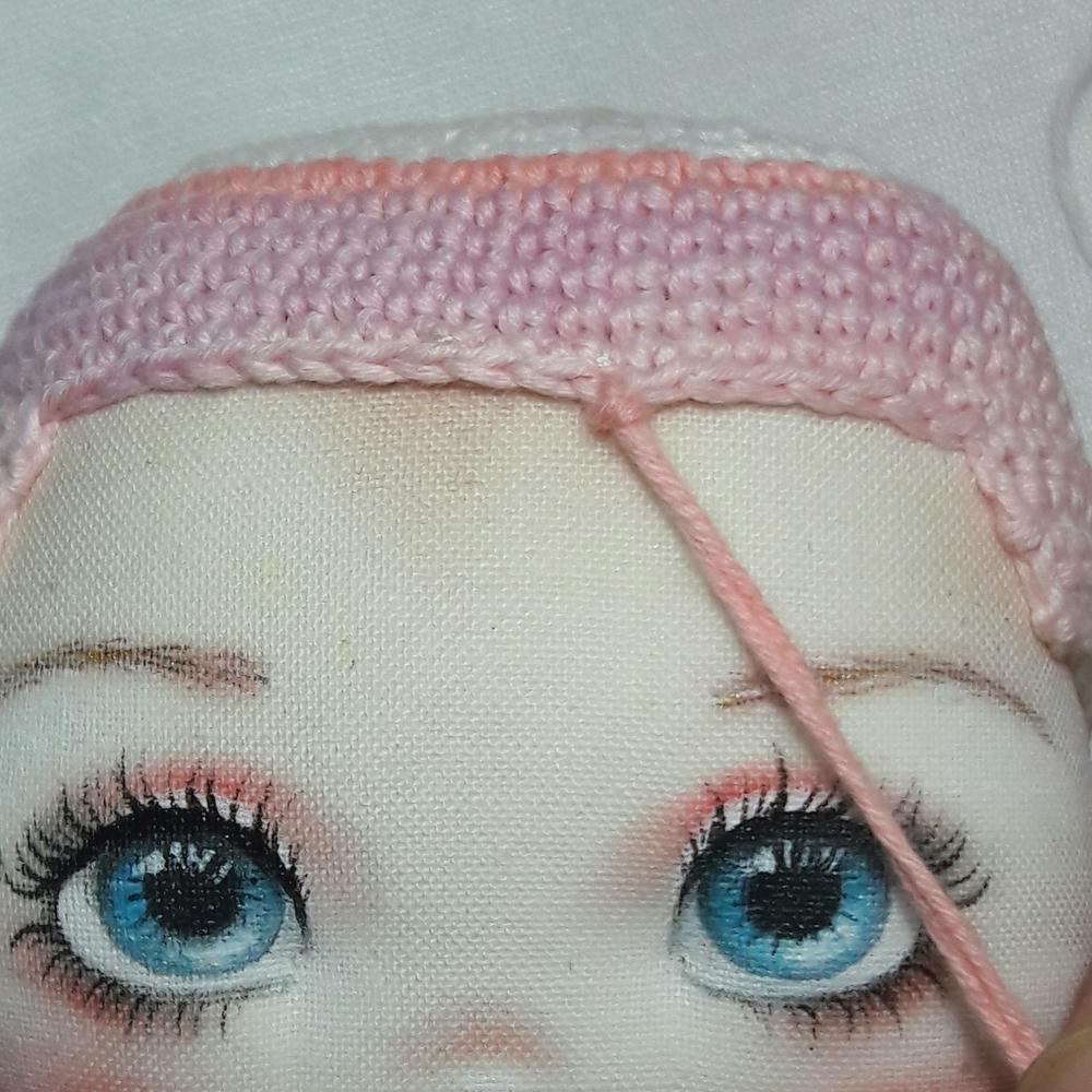 Делаем волосы из пряжи для куклы из ткани, фото № 9
