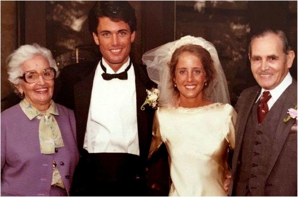 История одного свадебного платья 85 лет и 4 поколения женщин семьи выходят замуж в одном платье, фото № 3