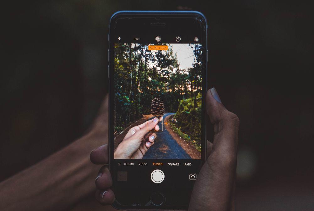 Предметная фотосъемка на смартфон. Как сделать шикарные студийные фото без вложений, фото № 1