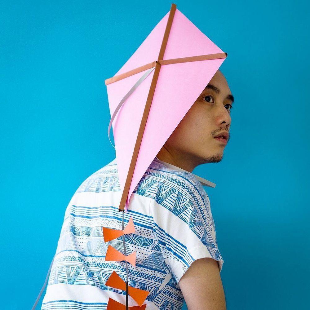 Повелитель бумаги inus ui создаёт маски и костюмы из цветного картона, фото № 31