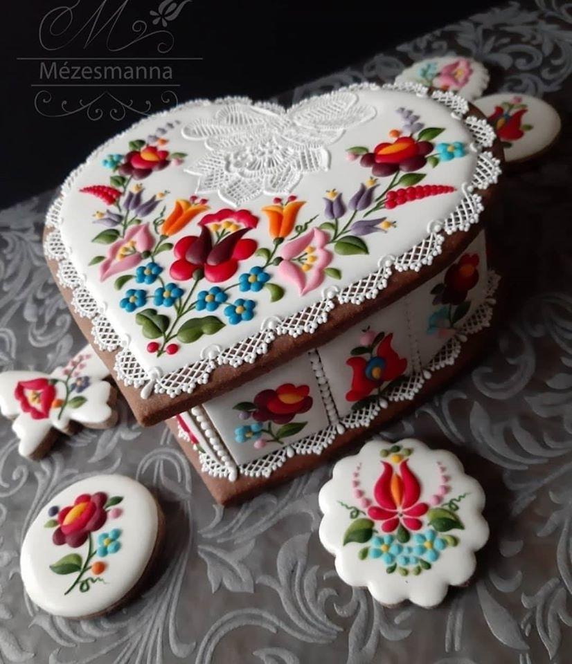 Golden Gingerbread: 30 Handmade Sweets By Hungarian Baker Judit Czinkne Poor, фото № 25