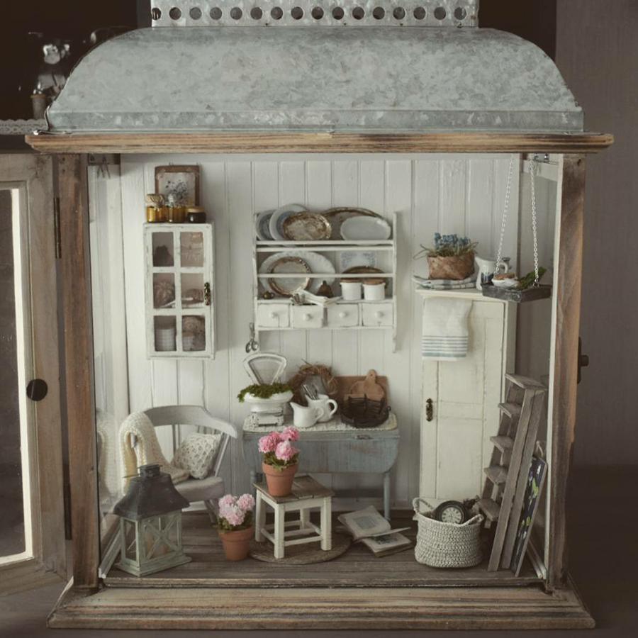 Финская художница создает дома мечты... в миниатюре, фото № 10
