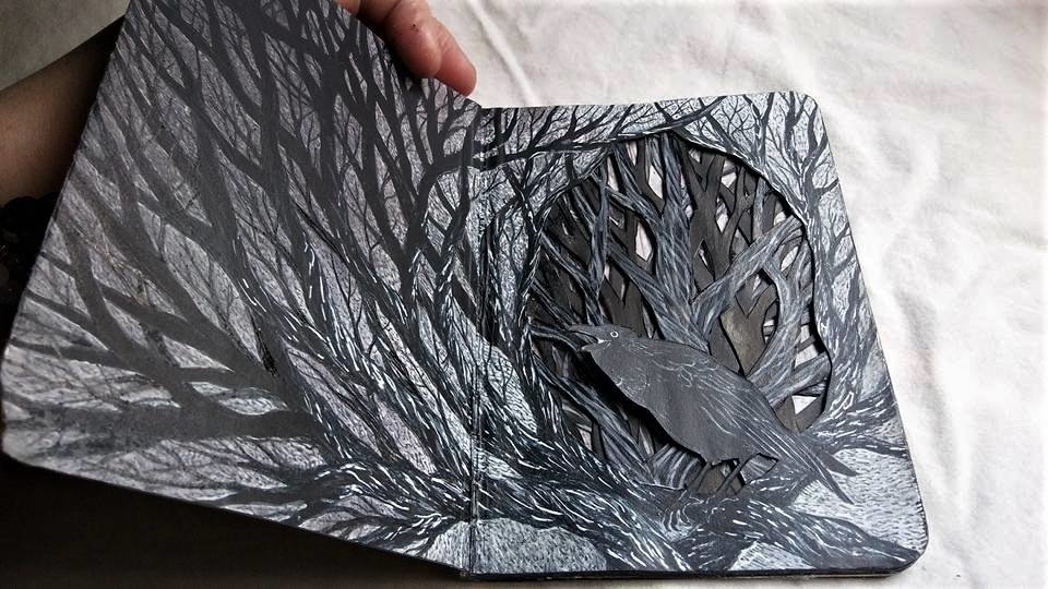 Isobelle Ouzman Creates Amazing Multi-Layered Compositions Cut Of Old Books, фото № 43