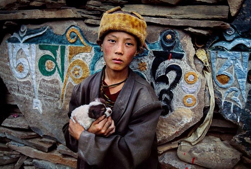 Мы с тобой одной крови 35 невероятных кадров из жизни людей и животных от легендарного фотографа Стива МакКарри, фото № 24
